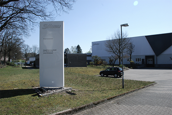 Stäubli AG - historic-39-Staubli-Hambrug-area@2x.jpg