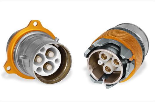 Elektrische Hochleistungsstecker CER für Motorsport von Stäubli