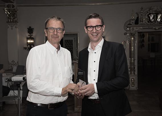Stäubli AG - robotics-award-winner-2019-tim@2x.jpg