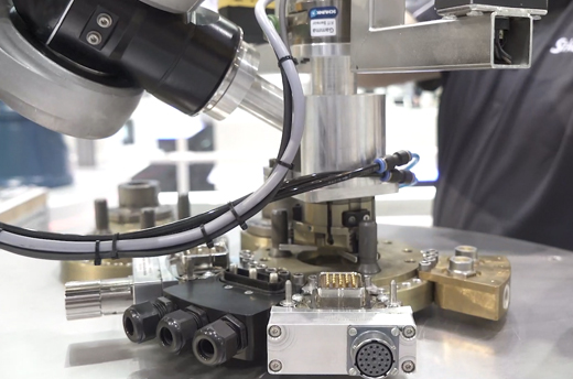 Robotic Tool Changer, Tool Change System, Smart Production