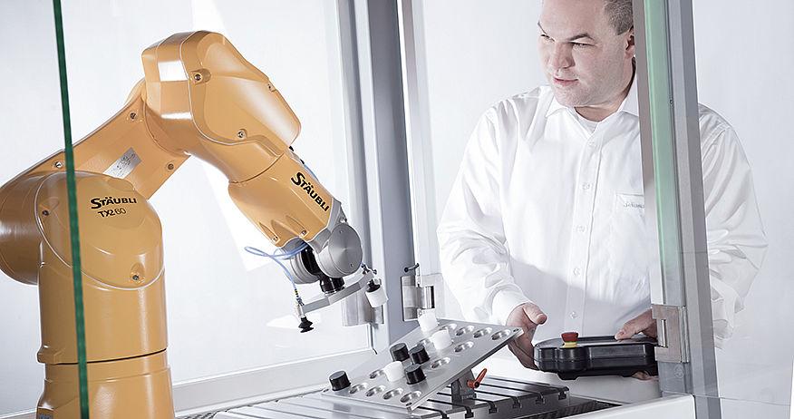 Stäubli AG - Staubli-robotics-Automatica-performance-pim.jpg