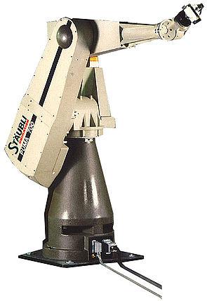 Stäubli AG - Historic_15-1989-Puma-700-Robot@2x.jpg
