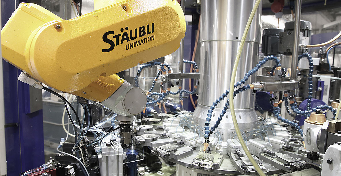 Stäubli AG - redtenbacher-machine-tools-six-axis-robot-dim@2x.jpg