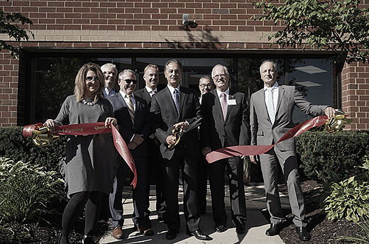 Ribbon-cutting at the new Stäubli location in Novi, Michigan